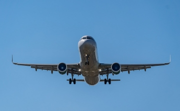 325fe899c532 Csökkent a légi utasforgalom bővülési üteme, de rekord magas volt a gépek  kihasználtsága tavaly